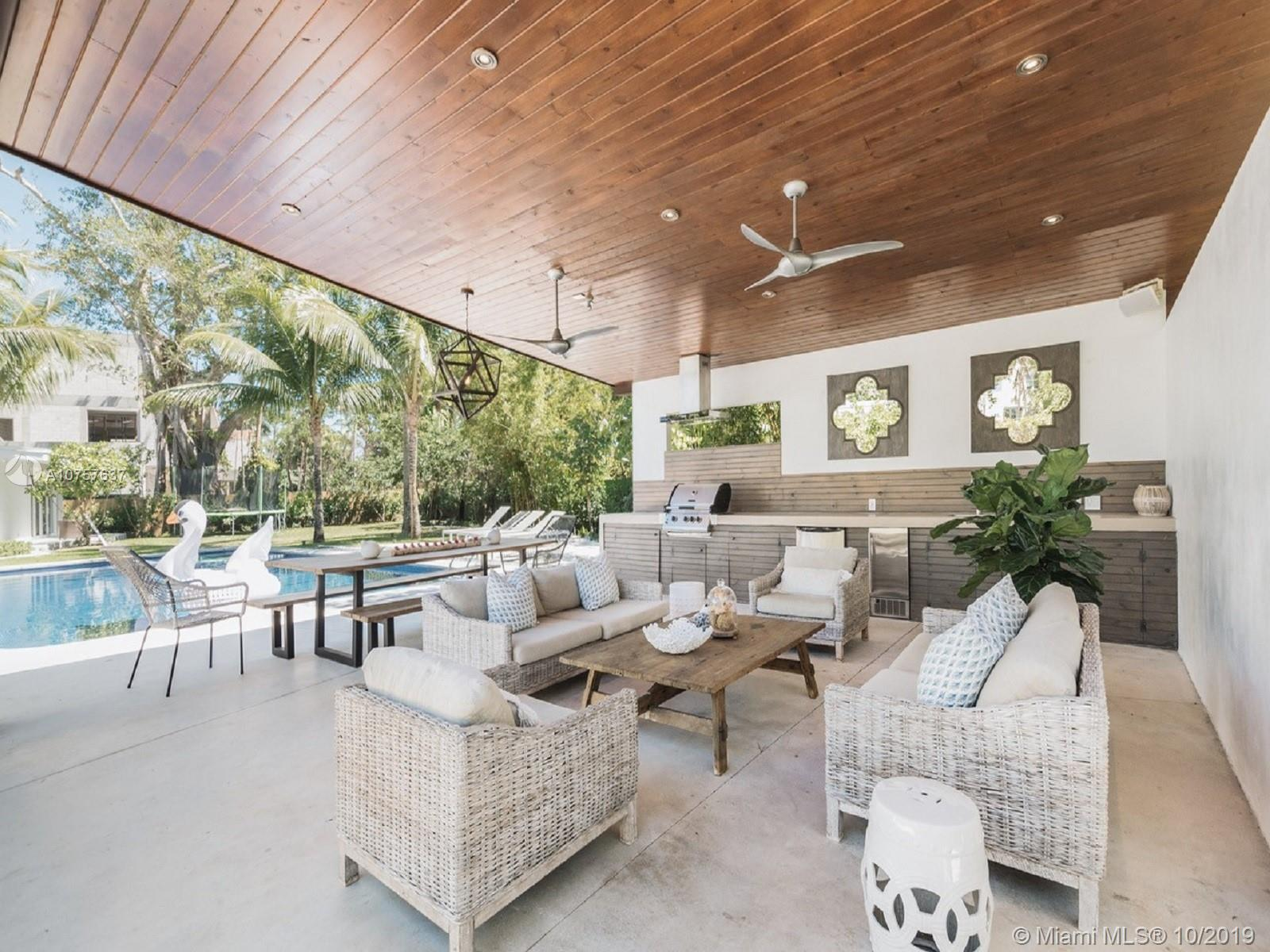 3680  Stewart Ave  For Sale A10757637, FL