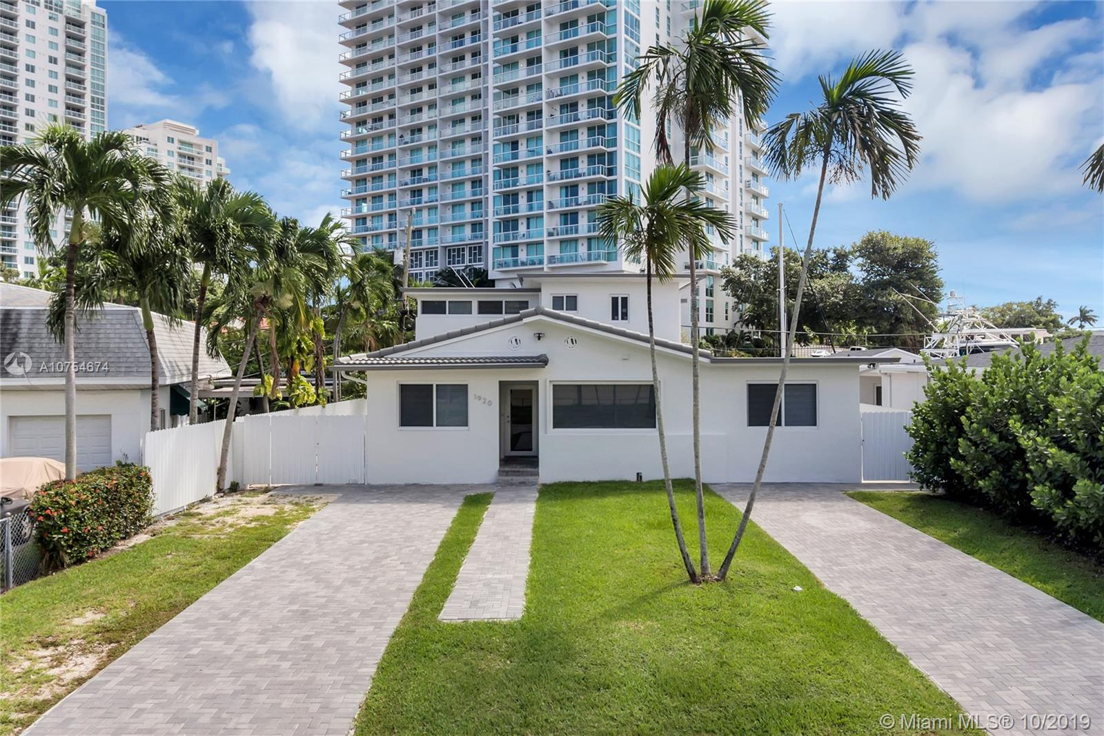 1920 NW 13th St  For Sale A10754674, FL