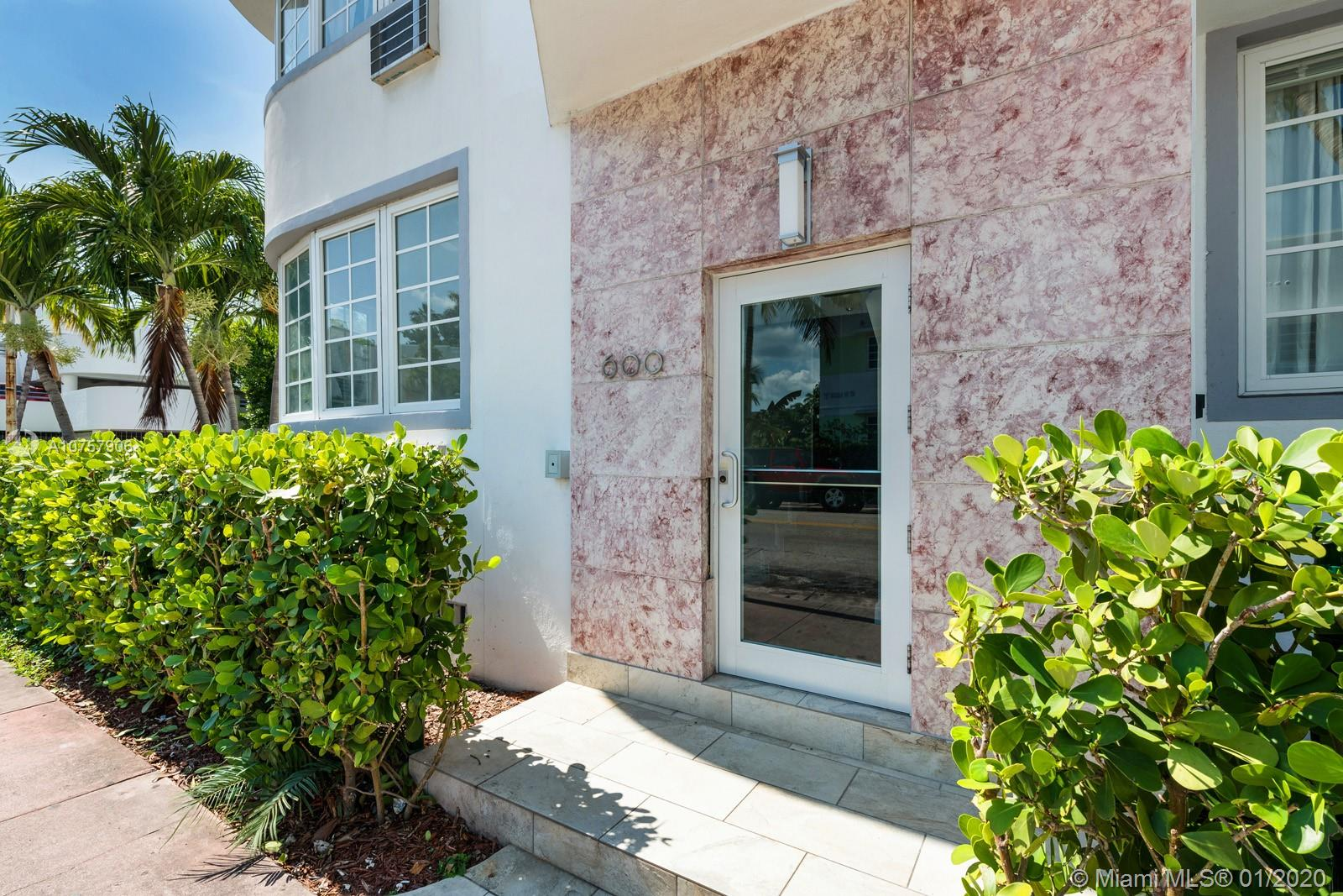 620  12th St #2 For Sale A10757906, FL