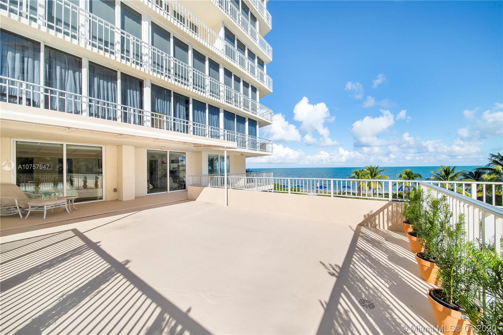 600  Grapetree Dr #3AS For Sale A10757947, FL