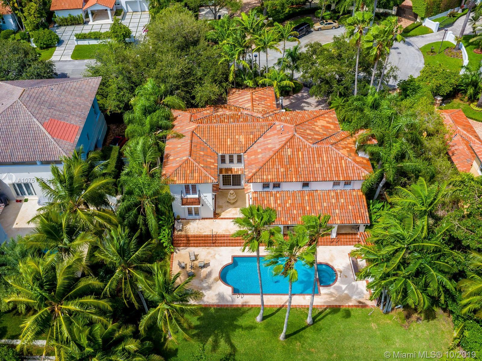 108  Paloma Dr  For Sale A10751368, FL