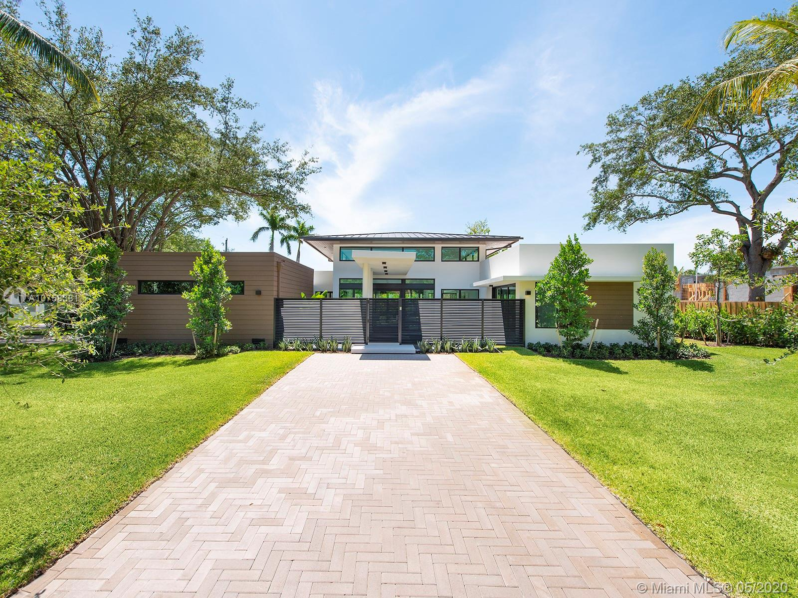 9140 SW 69 ave  For Sale A10758381, FL