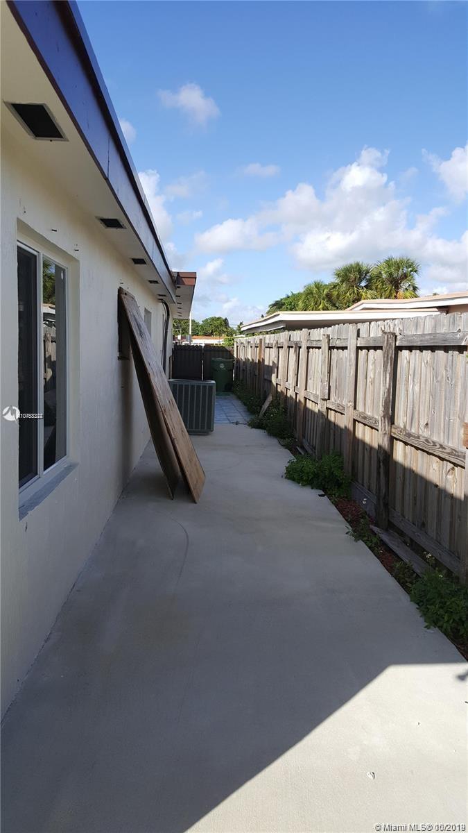, Hialeah, FL 33013