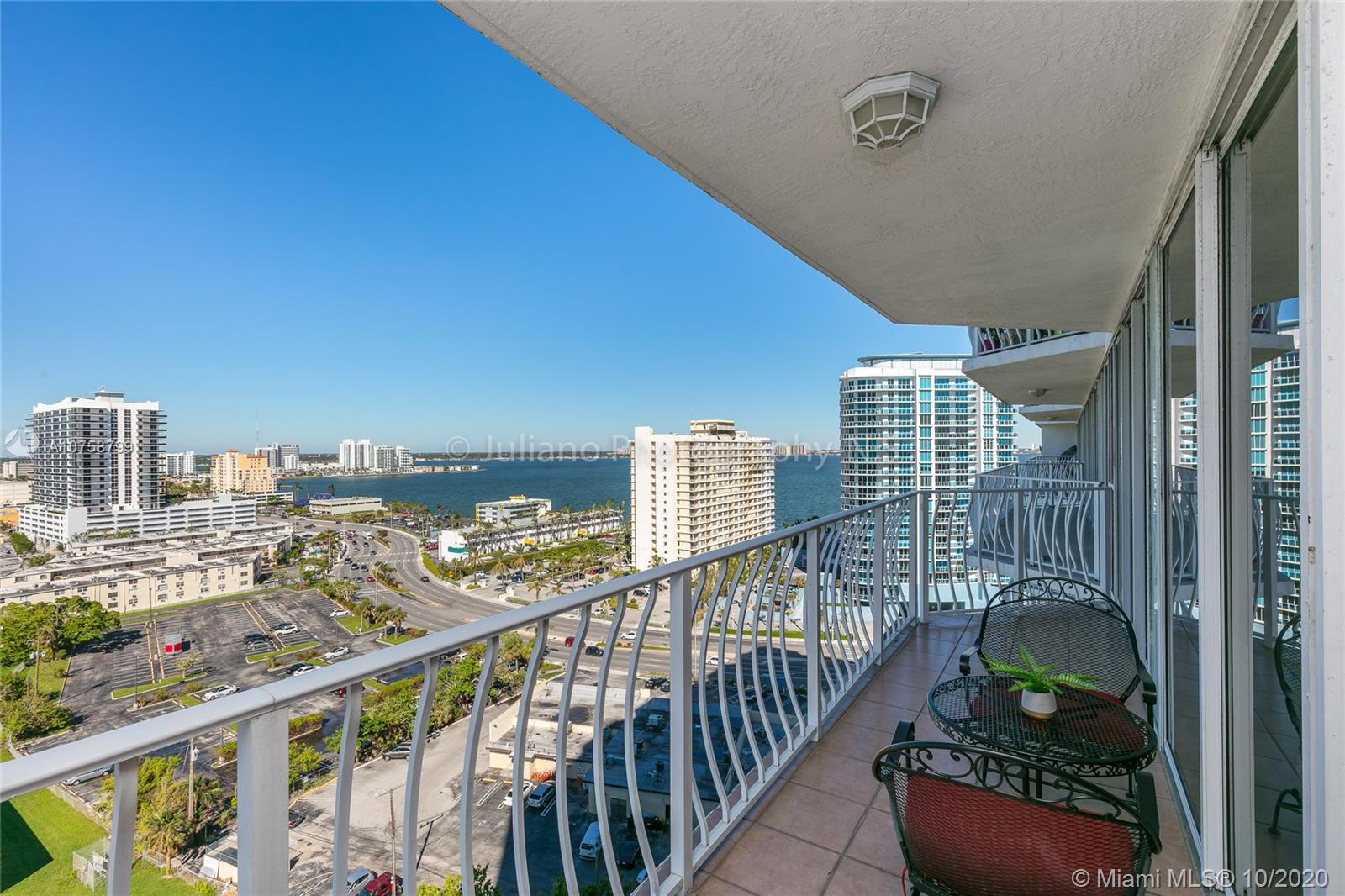 7601 E Treasure Dr #1704 For Sale A10758799, FL