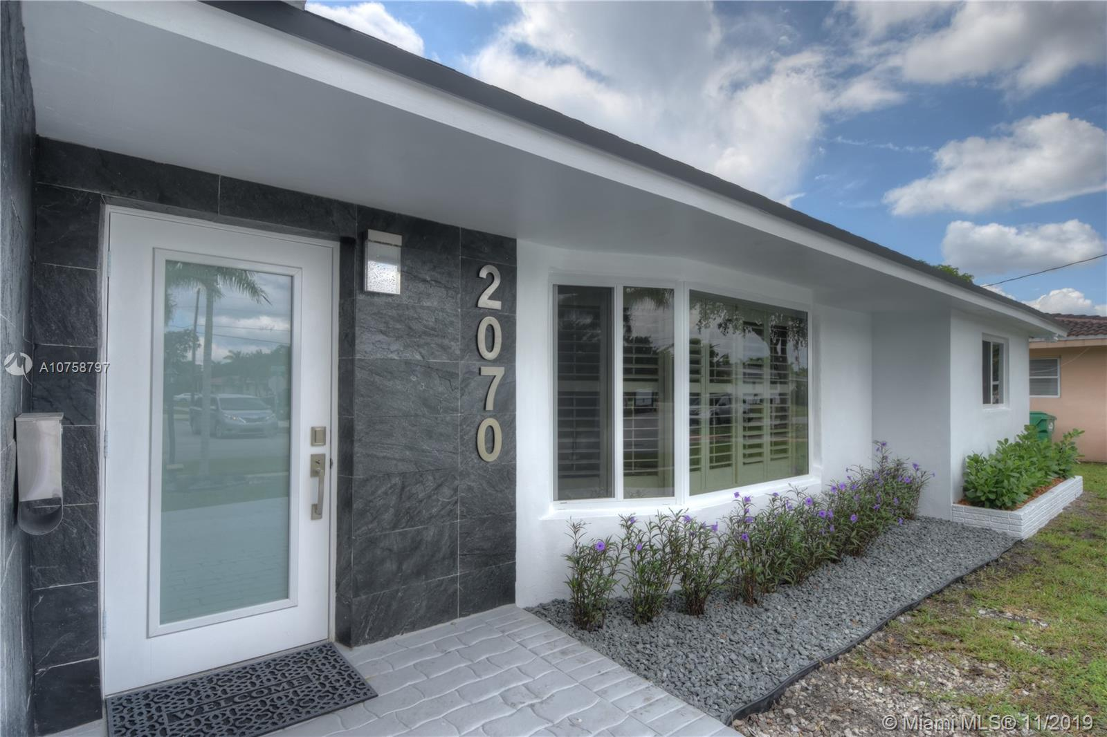 2070 NE 205th St  For Sale A10758797, FL
