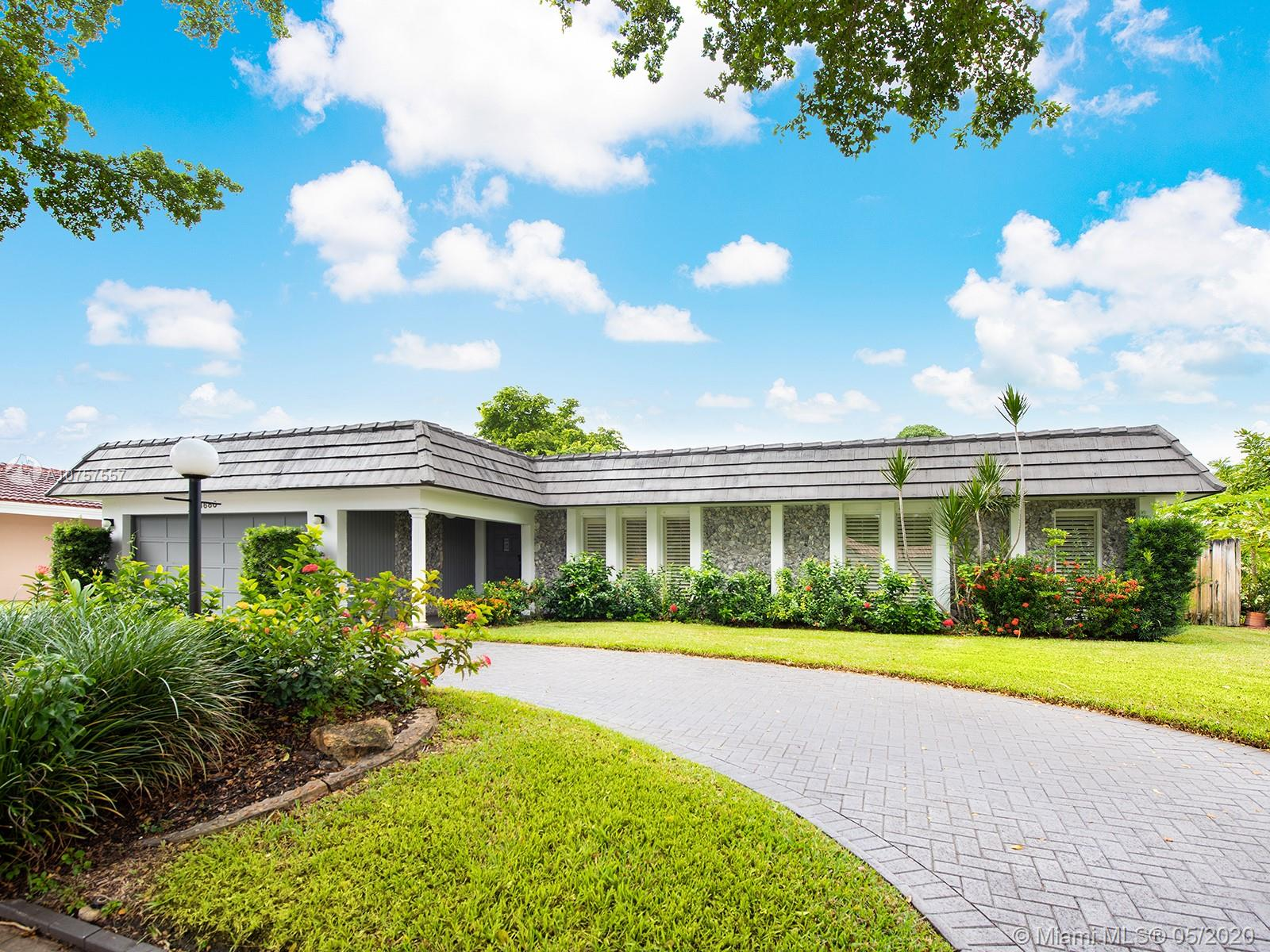 3680 N Park Rd  For Sale A10757557, FL