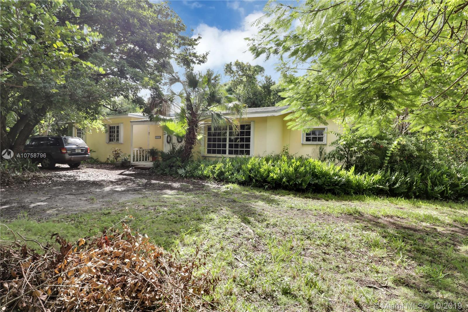 5890 SW 80th St  For Sale A10758796, FL