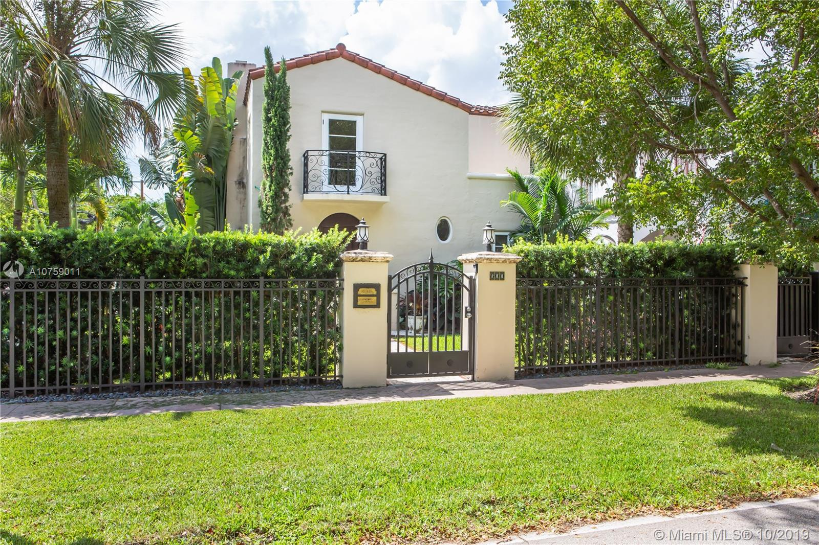 600  Minorca Ave  For Sale A10759011, FL