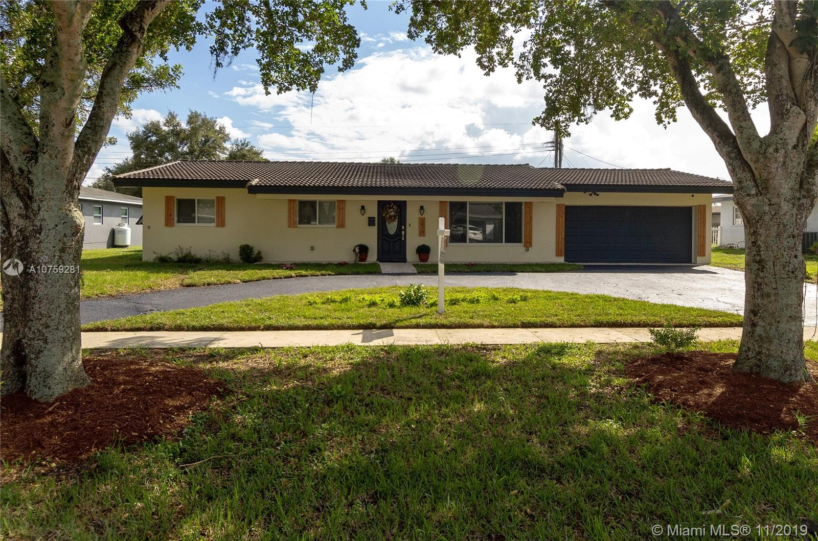 7470 NW 11th Pl  For Sale A10759281, FL