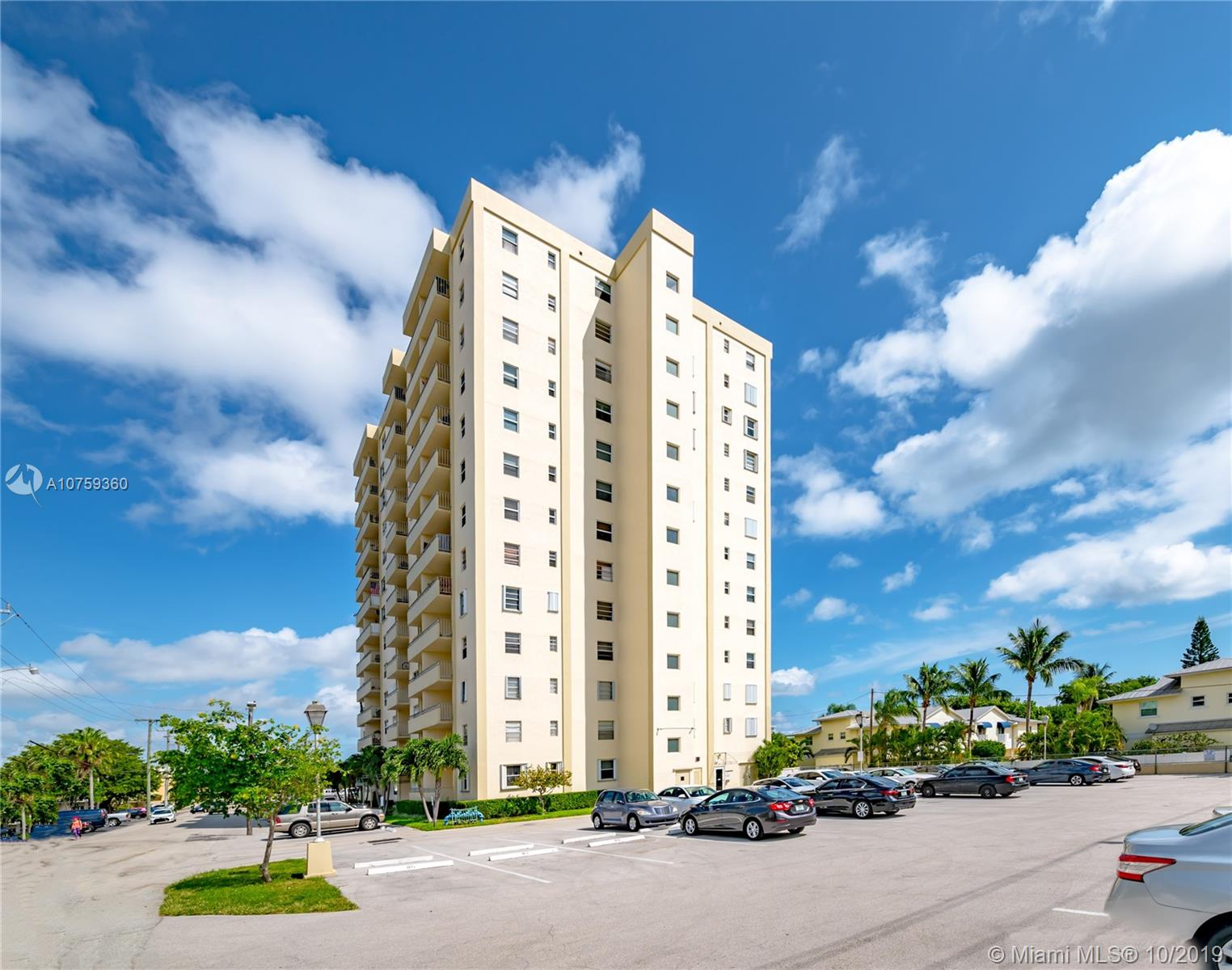 900 N E 18th Ave #303 For Sale A10759360, FL