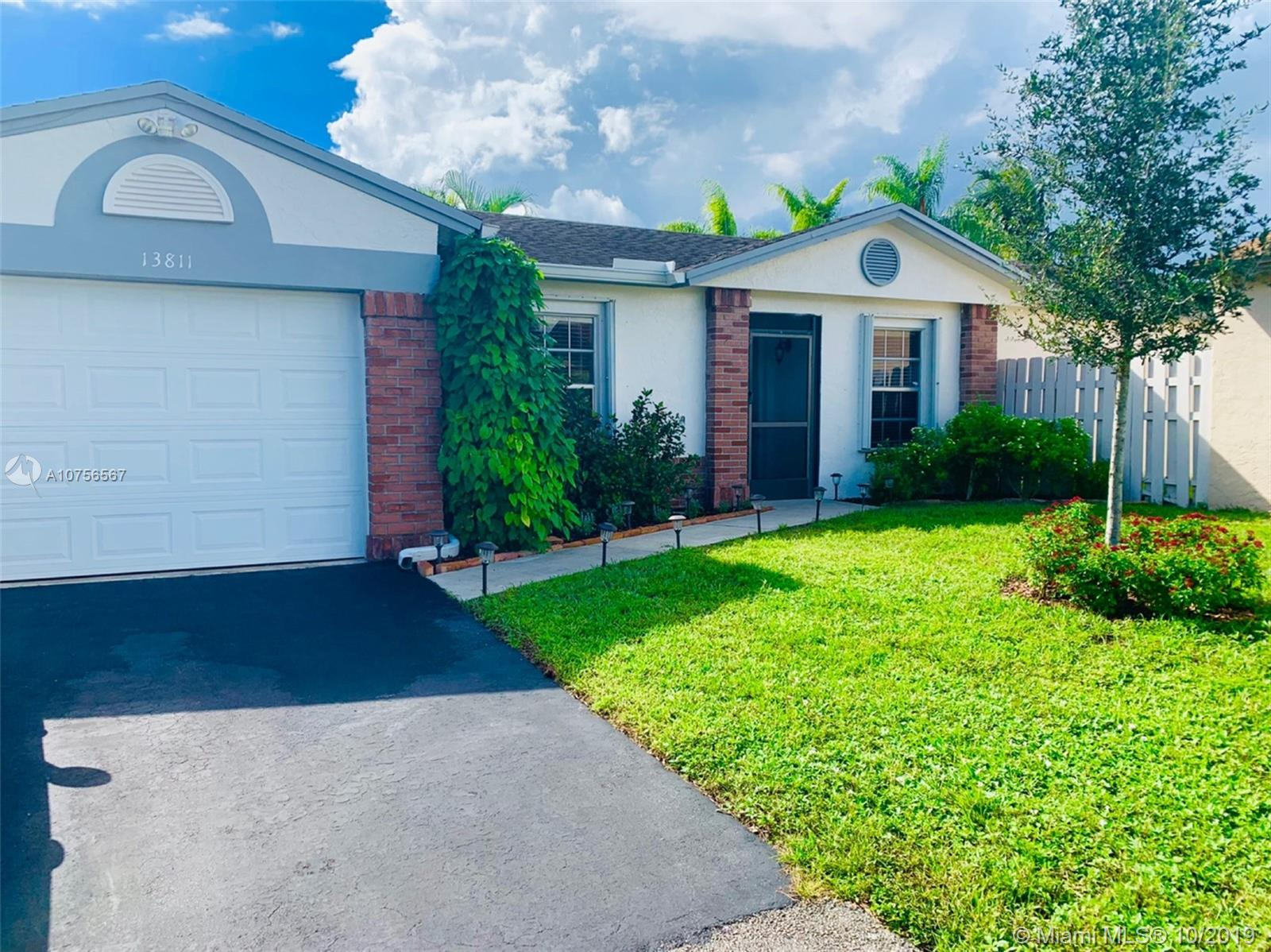 13811  Cumberland Pl  For Sale A10756567, FL