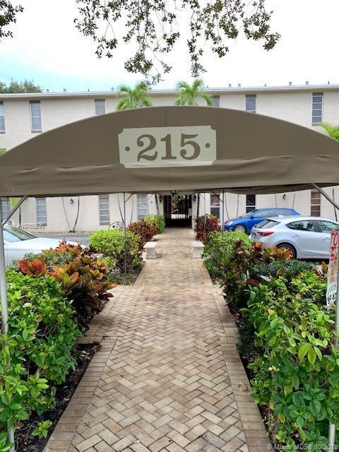 215 NE 16th Ave #202 For Sale A10759296, FL