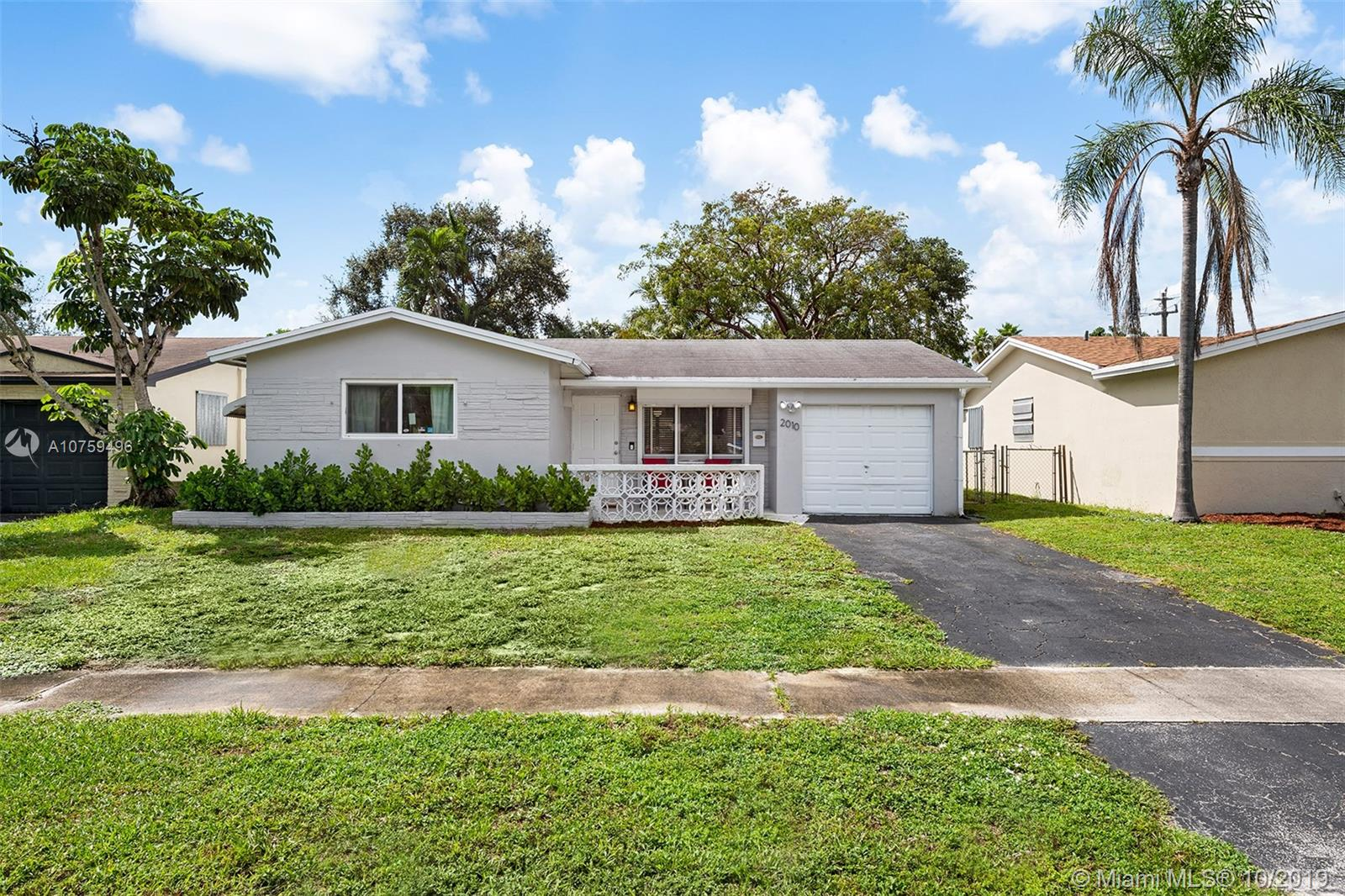 2010 N 48th Ave  For Sale A10759496, FL