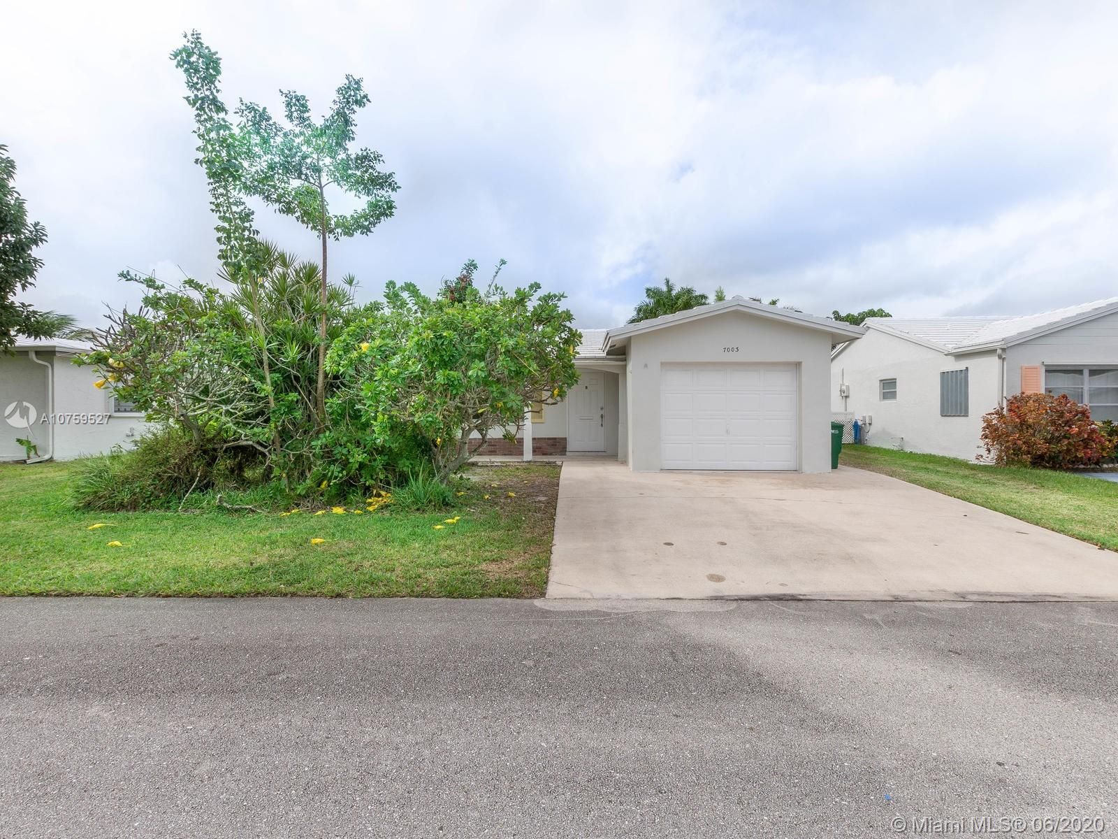 7003 NW 68th Ave  For Sale A10759527, FL
