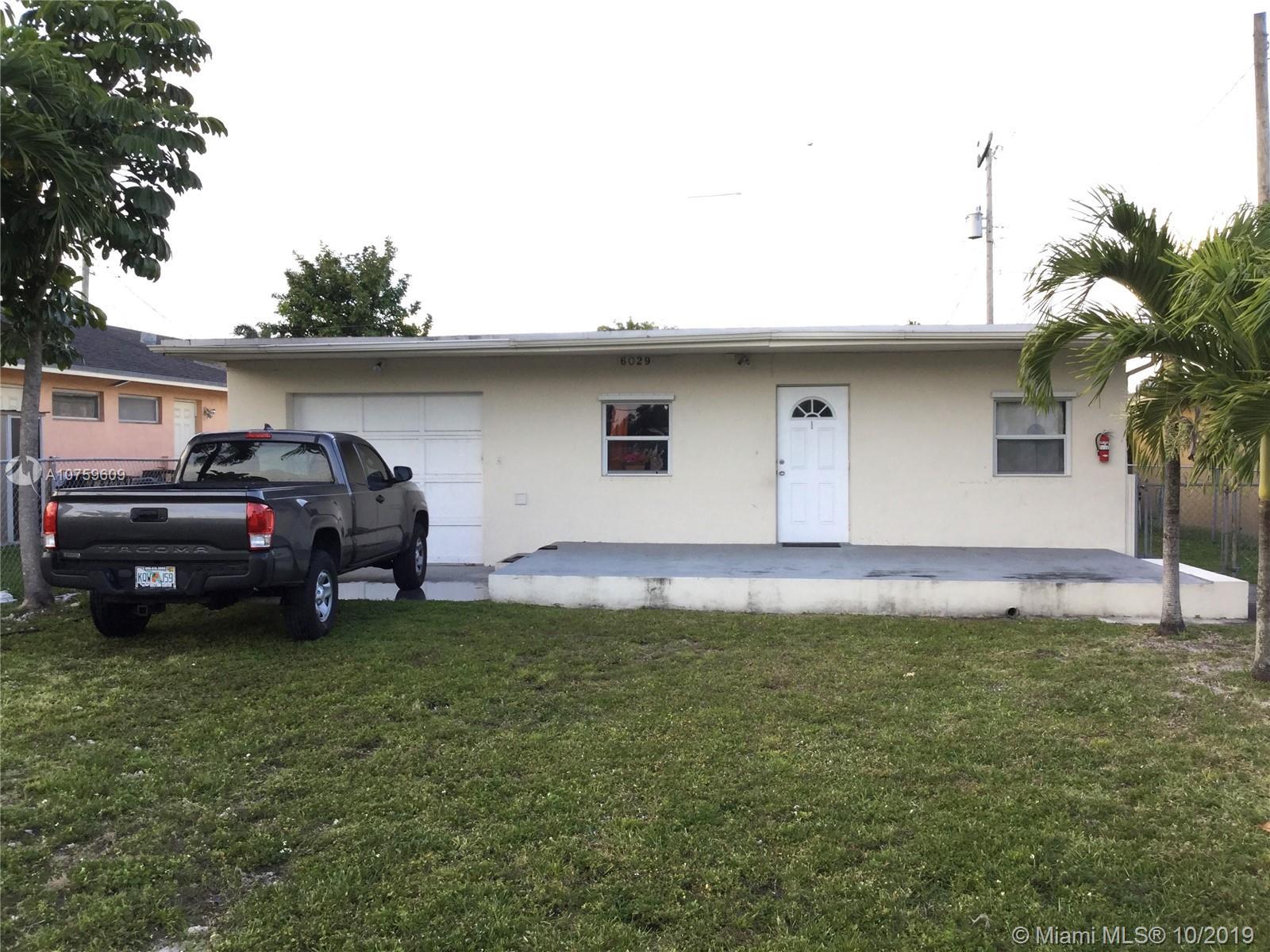 6029  Pierce St  For Sale A10759609, FL