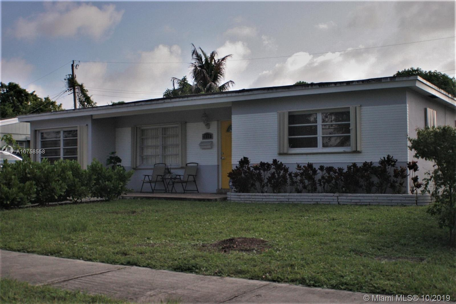 2919  SW 68th Ave  For Sale A10758558, FL