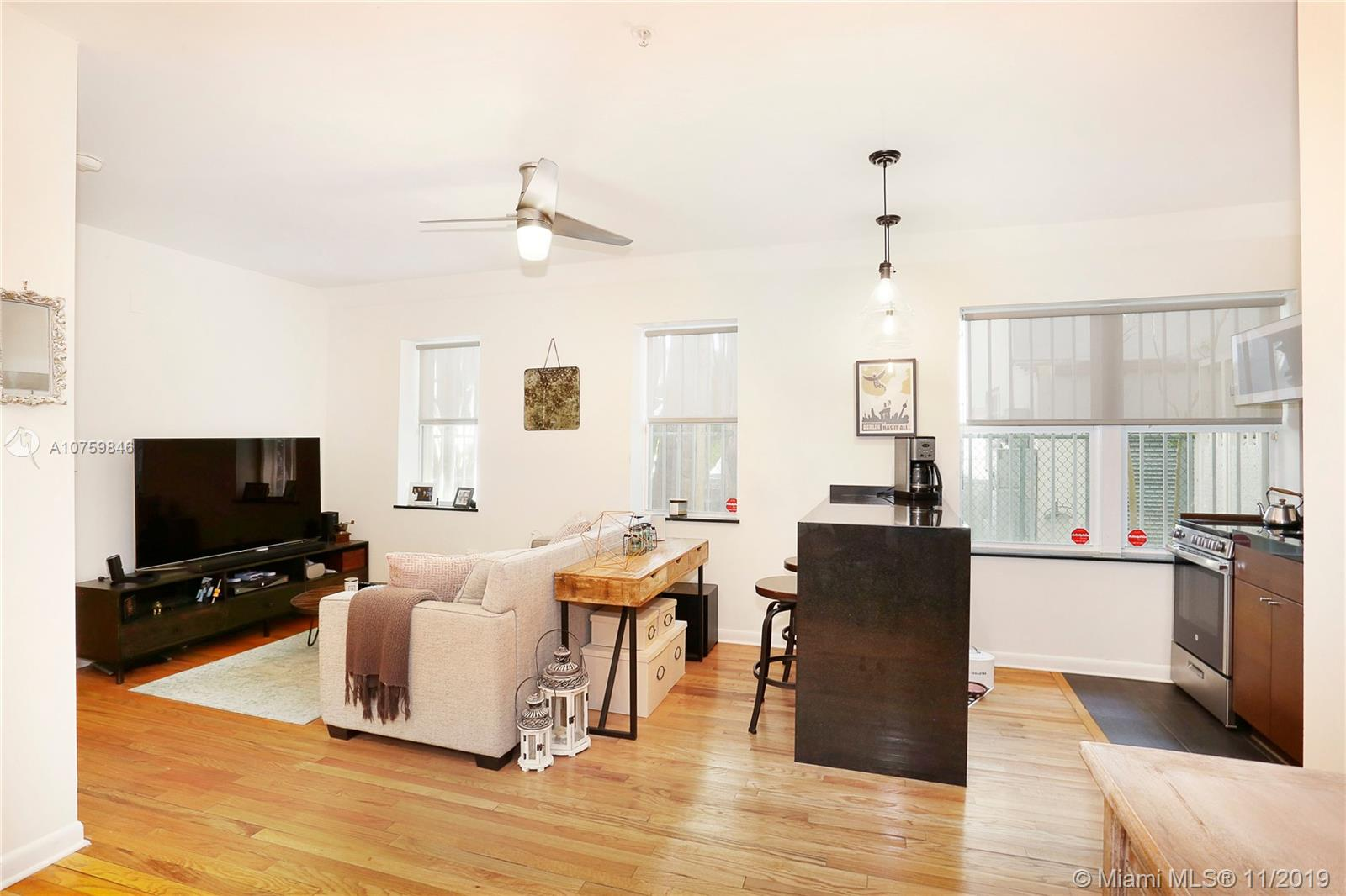 1521  Lenox Ave #104 For Sale A10759846, FL