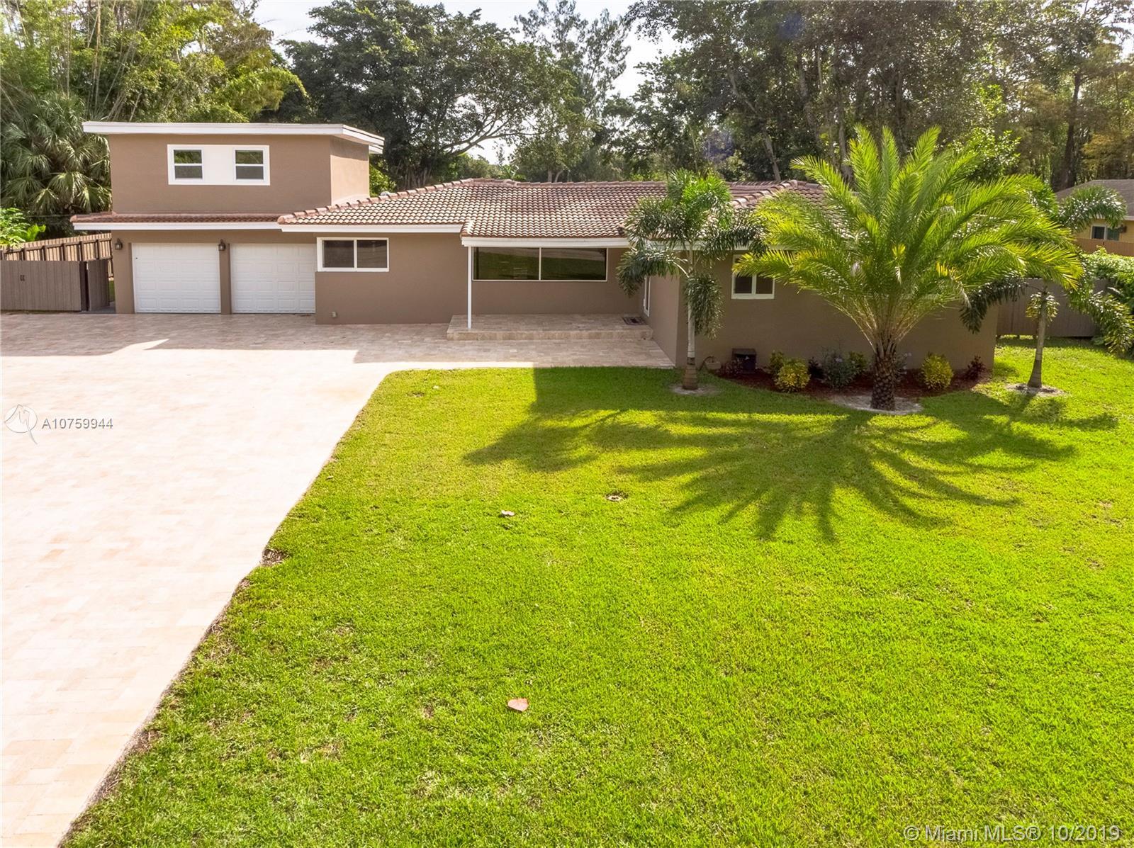 324 Bayberry Dr Plantation, FL  33317
