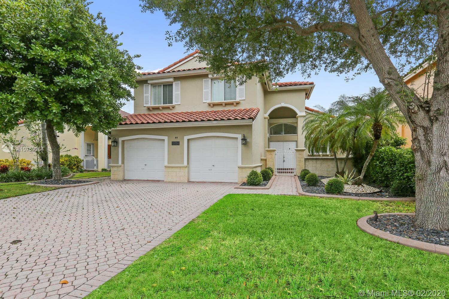 13554 SW 144th Ter  For Sale A10759964, FL