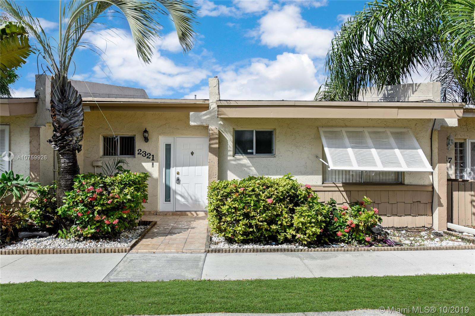 2321 N 37th Ave  For Sale A10759926, FL