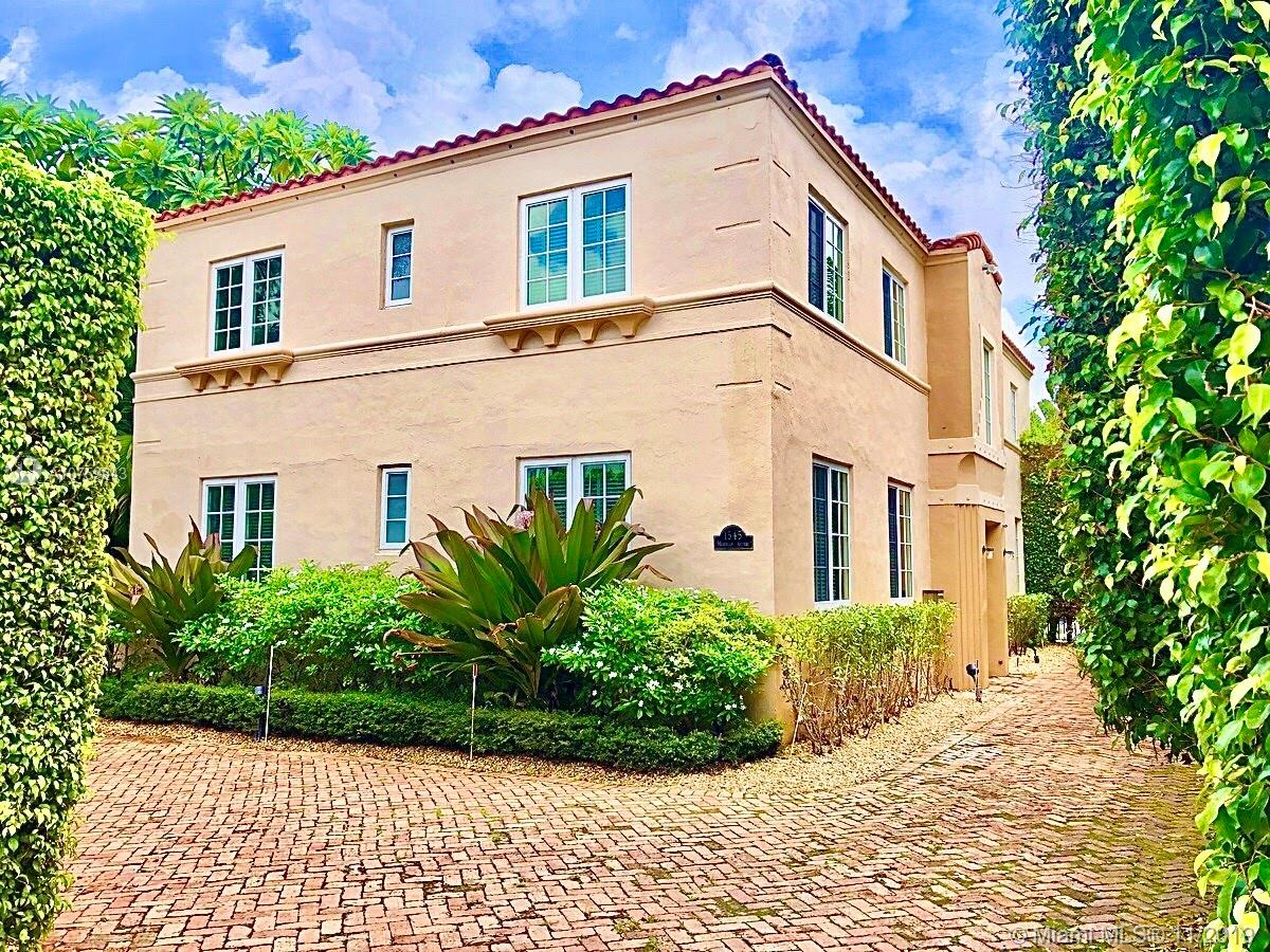 1545  Meridian Ave  For Sale A10759943, FL