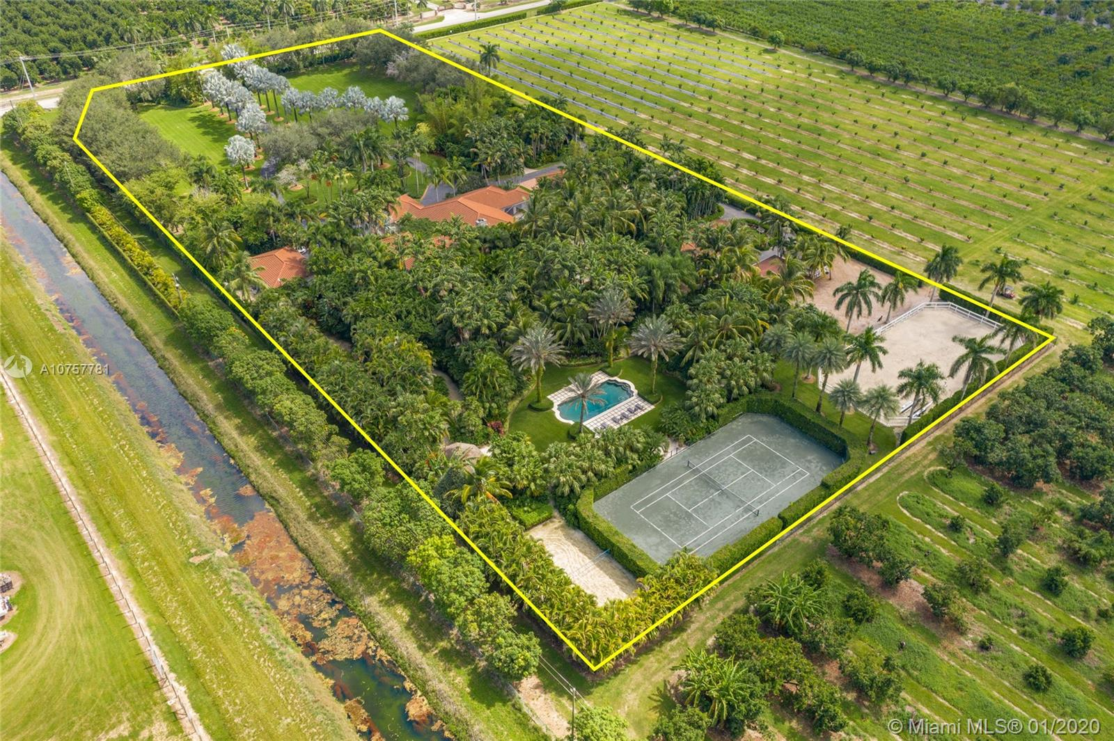 27440 SW 187th Ave  For Sale A10757781, FL