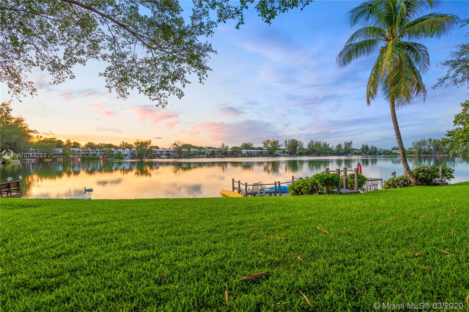 5288 SW 69th Pl  For Sale A10759223, FL