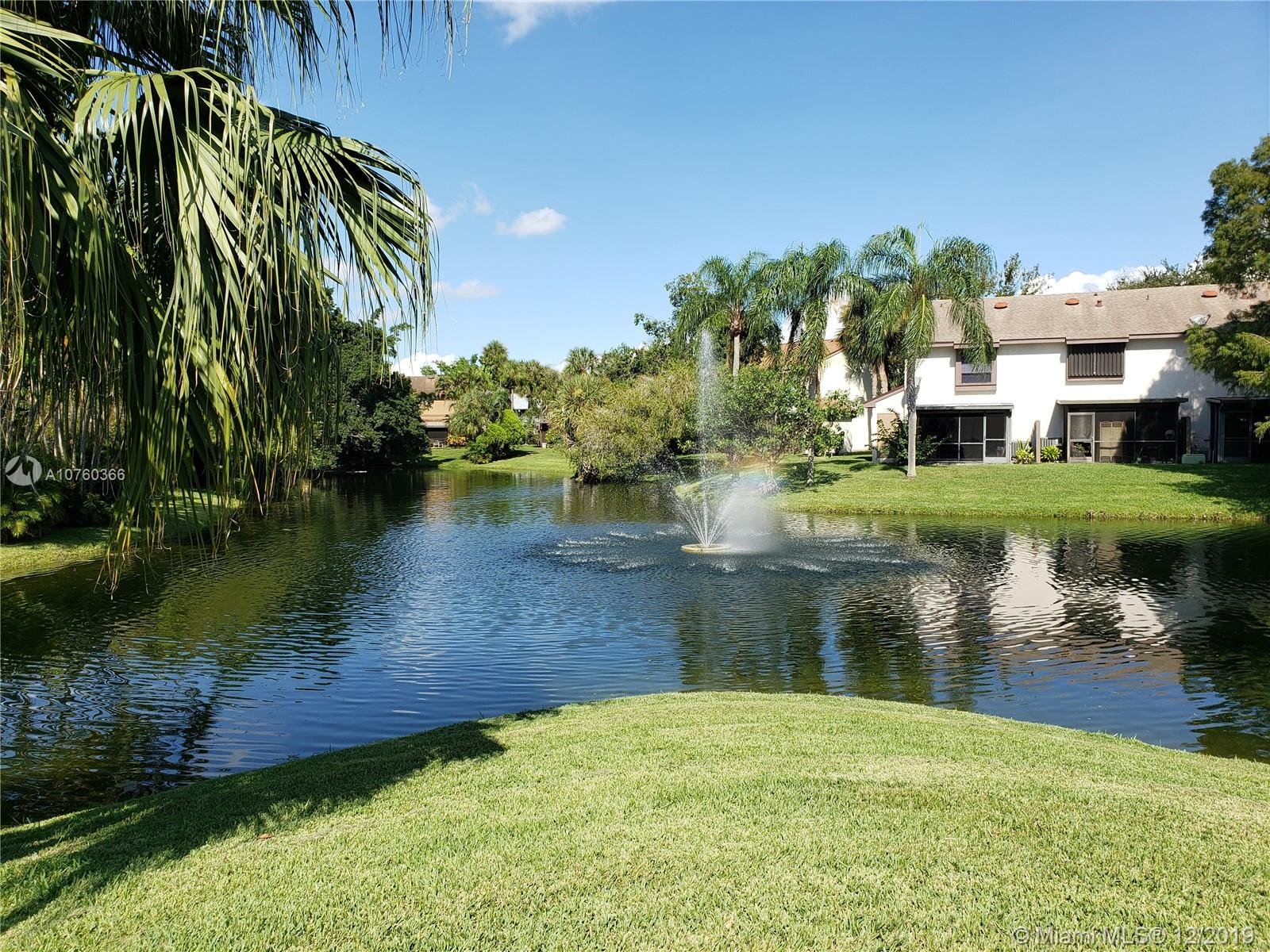 Great water front corner town home,  best location in the community. 2 Master bedrooms, 1/2 bathroom  in first floor, Washer &  Dryer Inside, storage room, community pool and Racquetball court, very well maintained , you will love it.