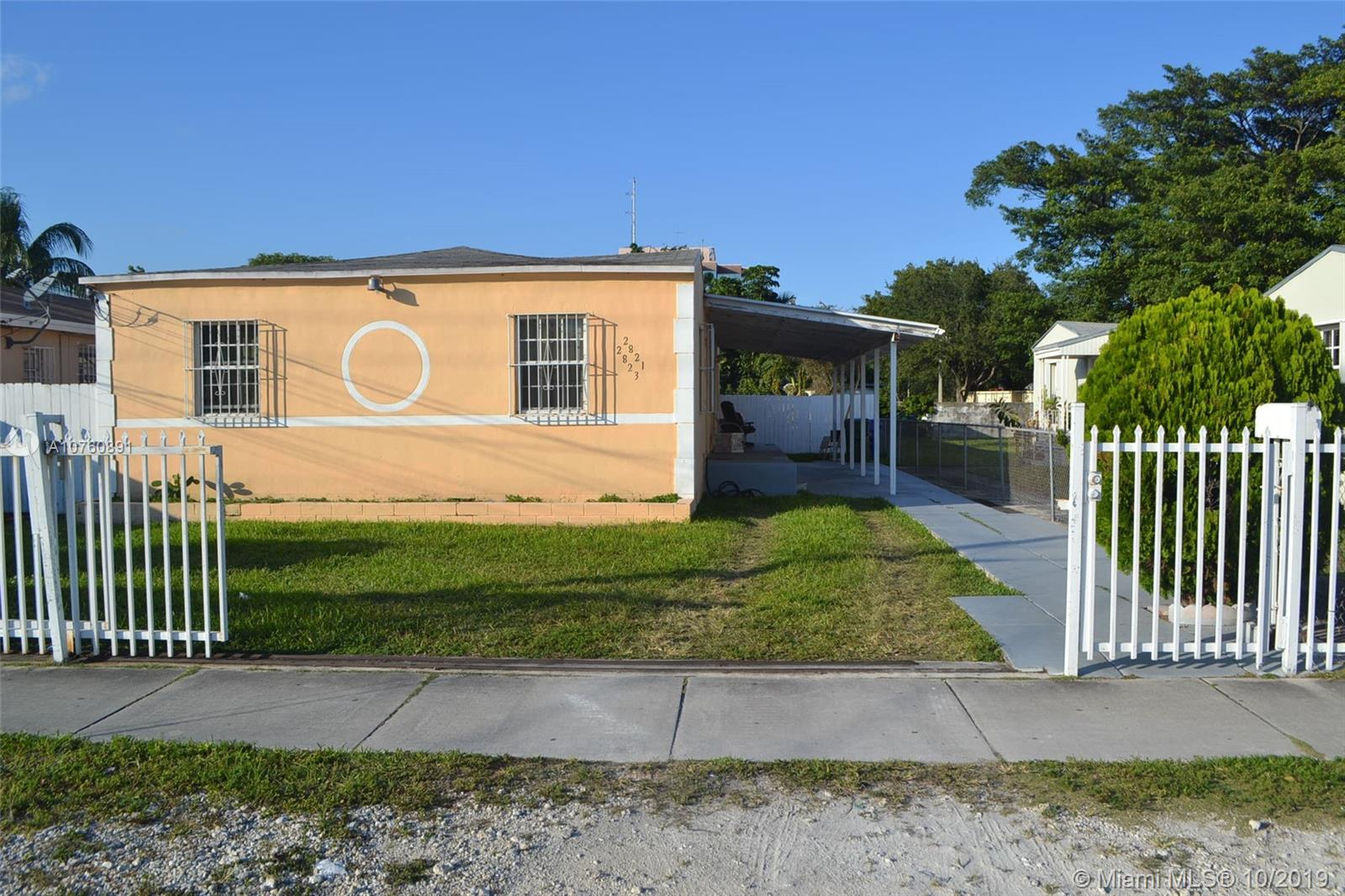 2821 SW 23rd St  For Sale A10760891, FL