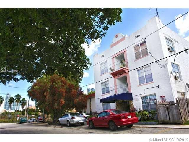 428 SW 9th St #7 For Sale A10760917, FL