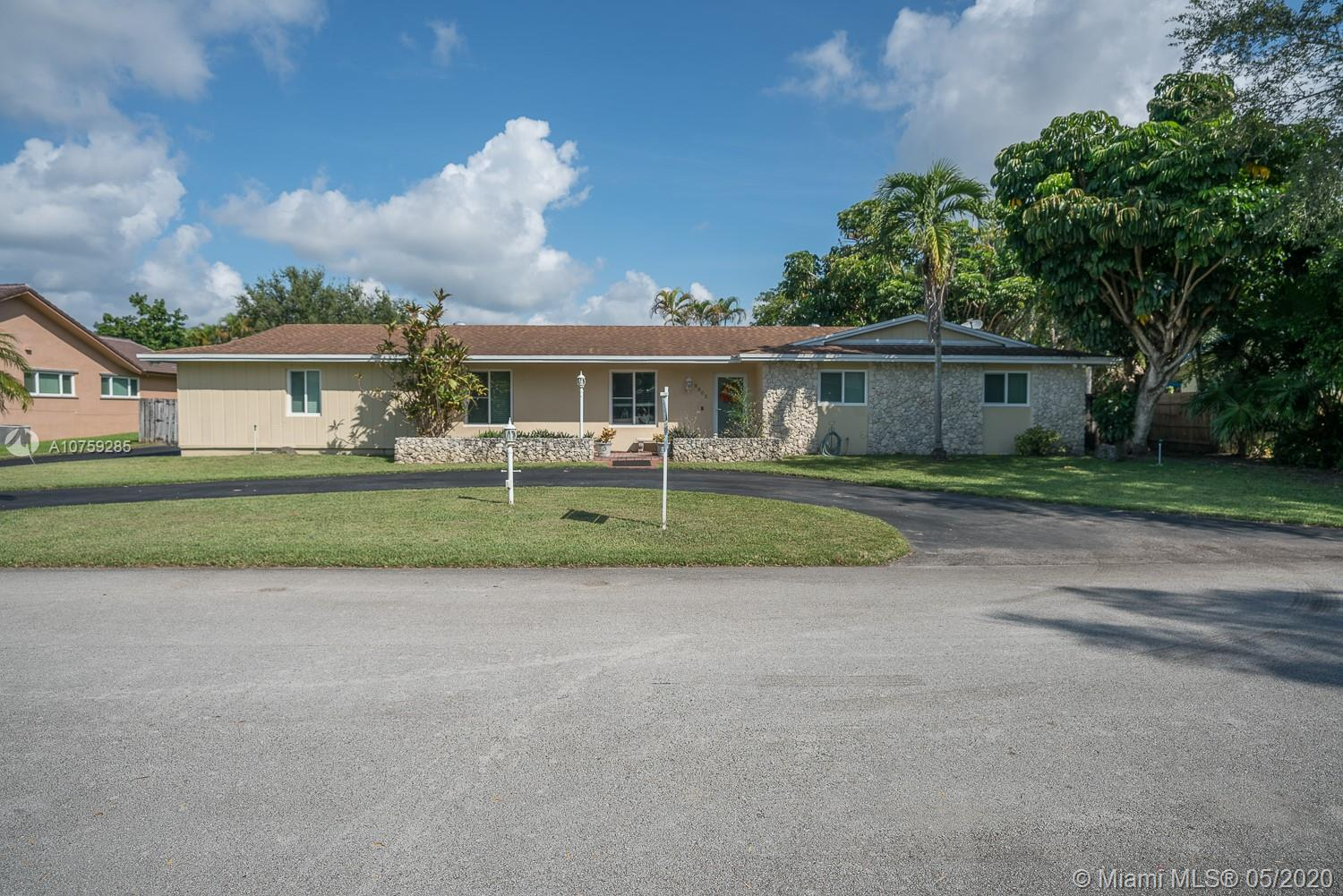 8805 SW 177th Ter  For Sale A10759285, FL