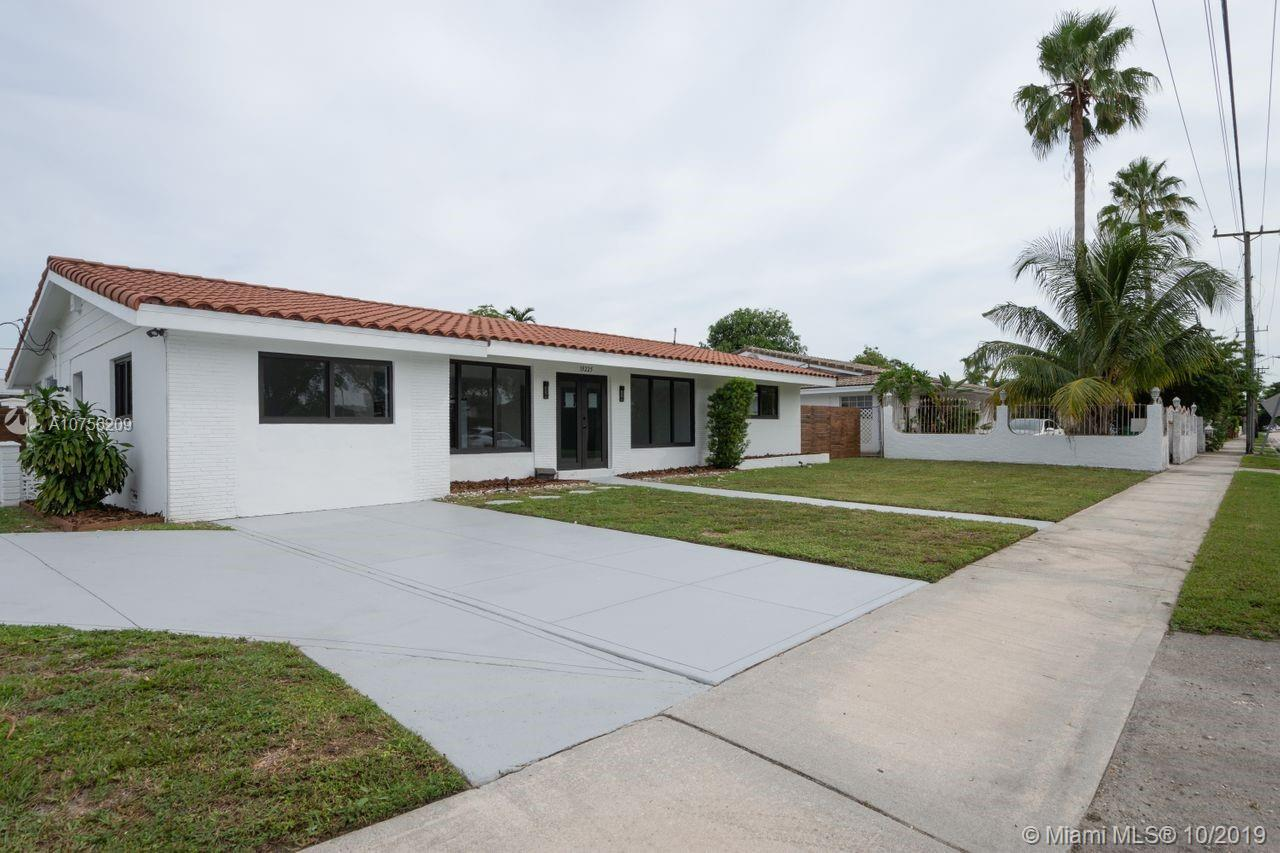 19225 NE 18th Ave  For Sale A10756209, FL