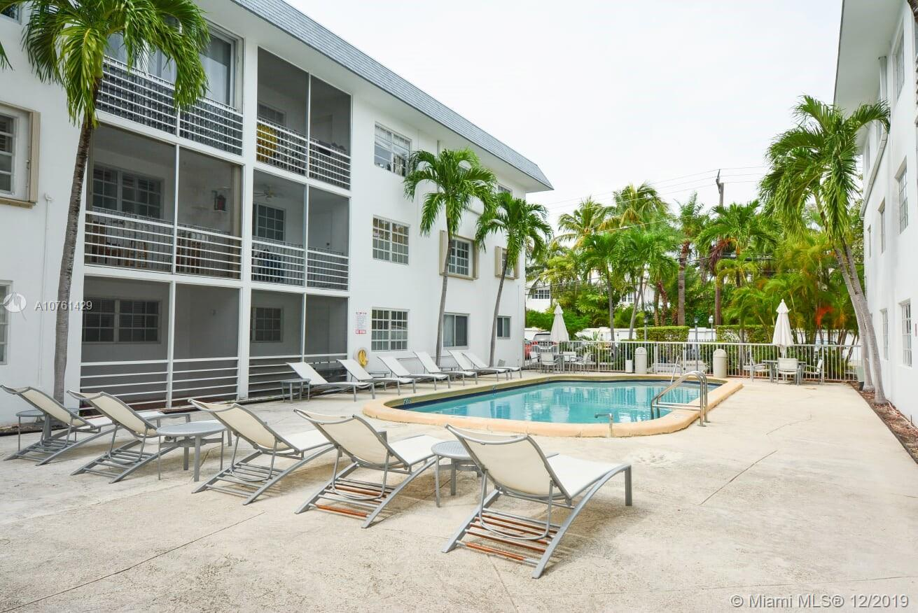 Great condition 1 bed/ 1.5 bath wells priced condo, located  in the heart of Key Biscayne, very bright with open balcony, quite and well maintained building is within walking distance to the best part of the beach on the island. Private  beach entrance for all residents of Galen Drive.  Excellent schools in the area, jus a  walking distance to shops, parks and restaurants. Large  living room, master bedroom with walk in closet. Low maintenance fee,  includes cable and internet. This property is a good property to live in or as an investment, one assigned parking space and plenty of guest spots. Call for a private tour.  You'll love it.