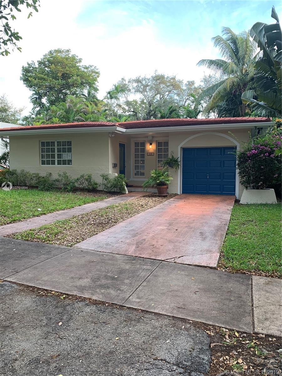 830  Medina Ave  For Sale A10761894, FL