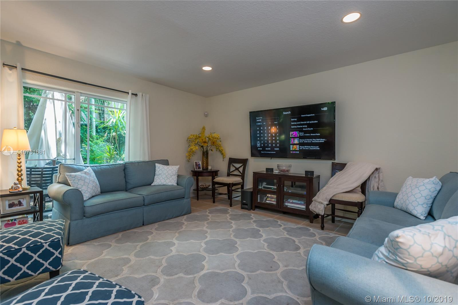 2635  Tigertail Ave #2635 For Sale A10761681, FL