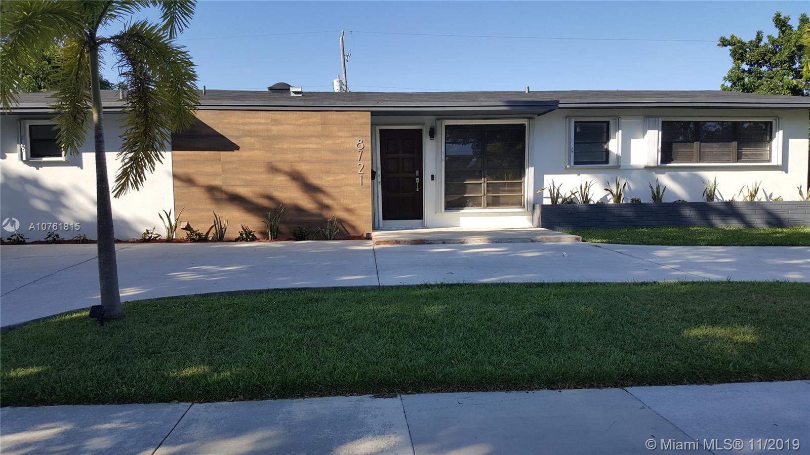 8721 SW 191 ST  For Sale A10761815, FL
