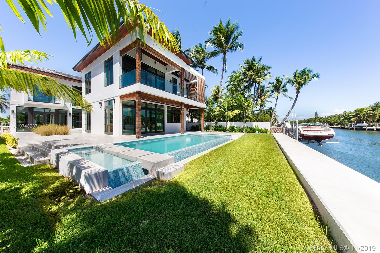 4255 N Meridian Ave  For Sale A10748287, FL