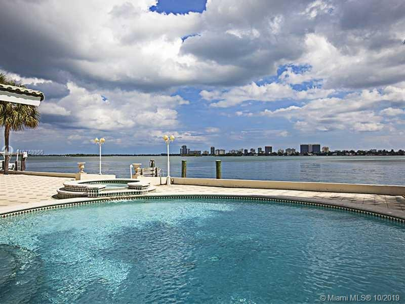 12415 Keystone Island Dr, North Miami, FL 33181