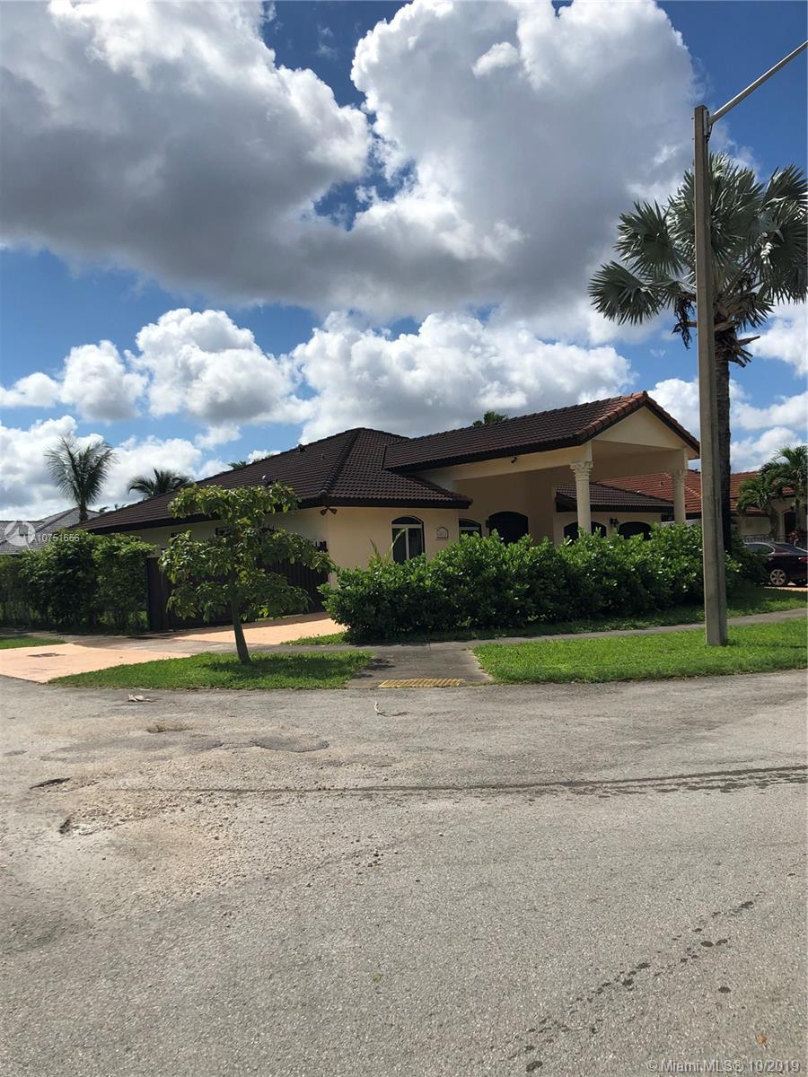 14312 SW 31st St  For Sale A10751656, FL