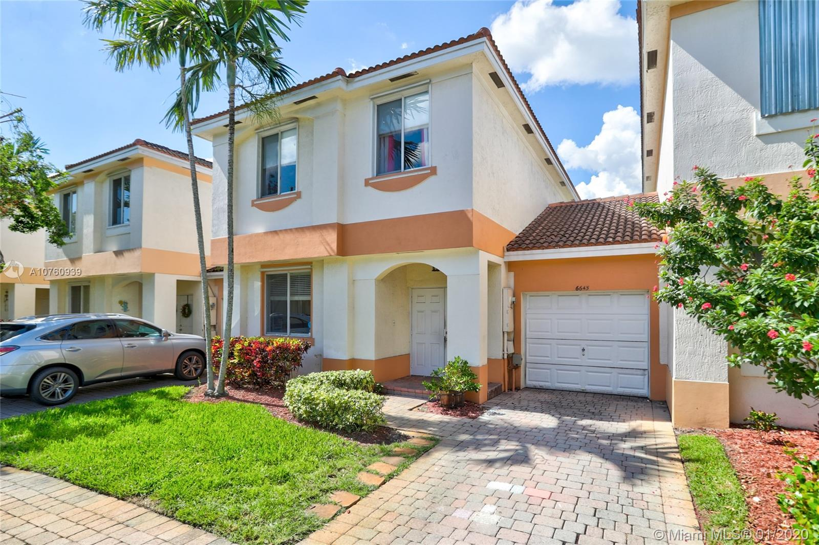 6645  Hidden Cove Dr #3-7 For Sale A10760939, FL