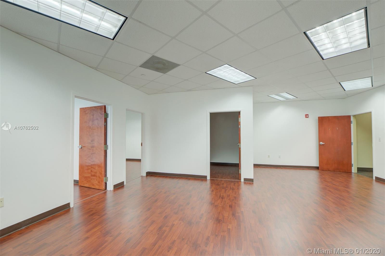 10305 NW 41st St #212 For Sale A10762502, FL