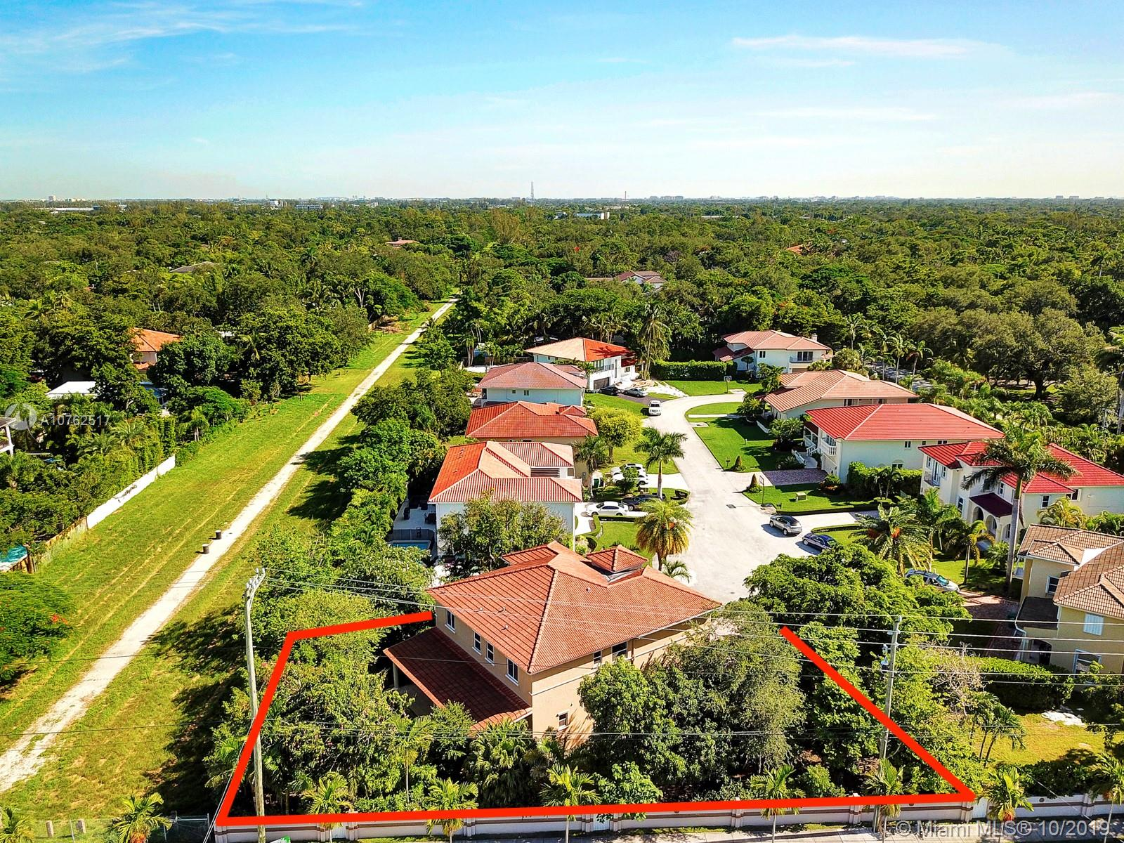 7144 SW 69th Ct  For Sale A10762517, FL