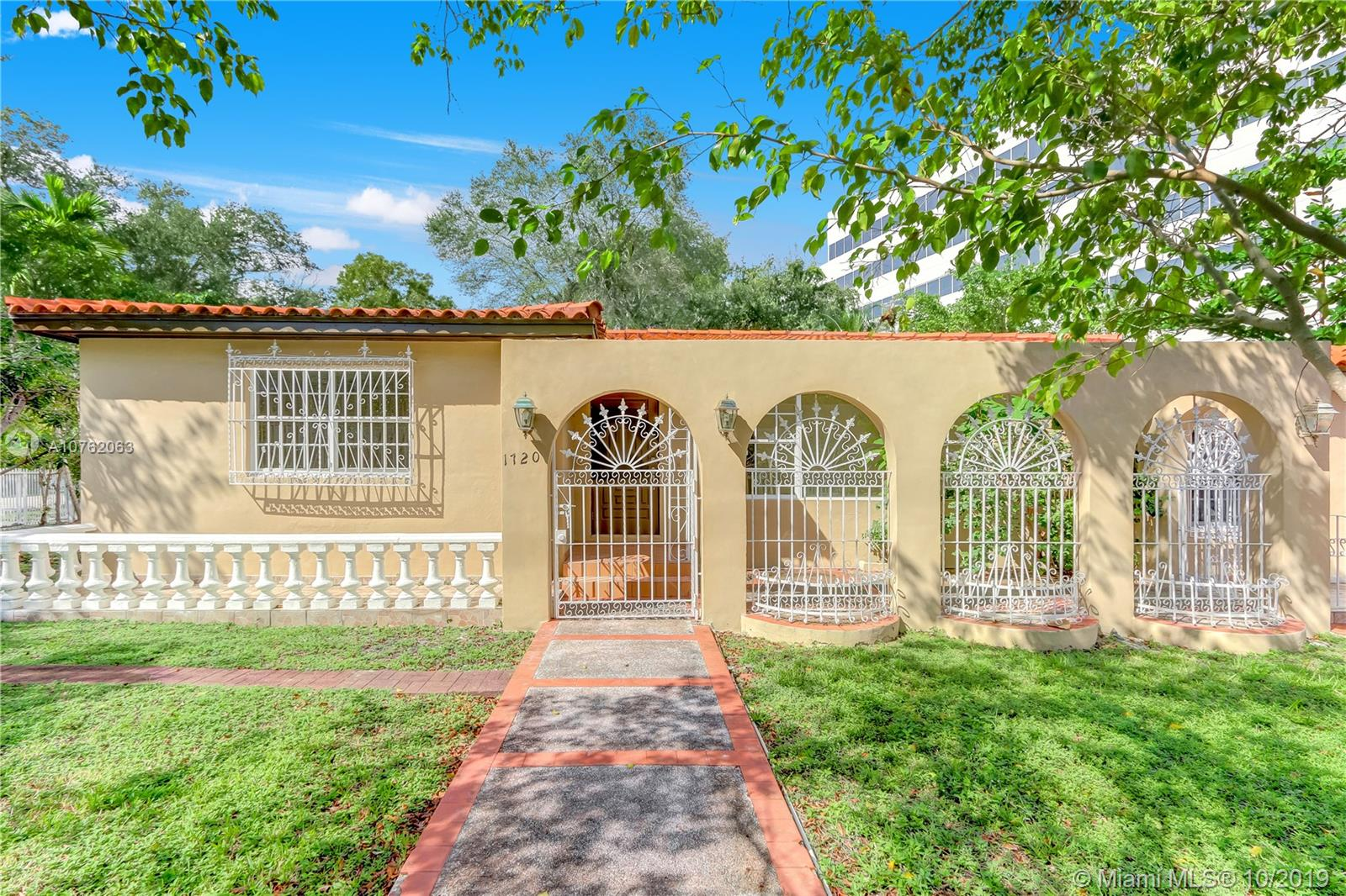 2710 S W 22nd Ave  For Sale A10762063, FL