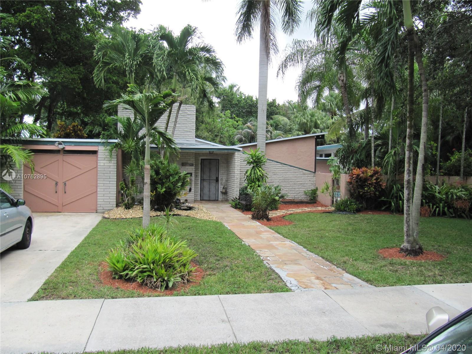 241  De Leon Dr  For Sale A10762895, FL