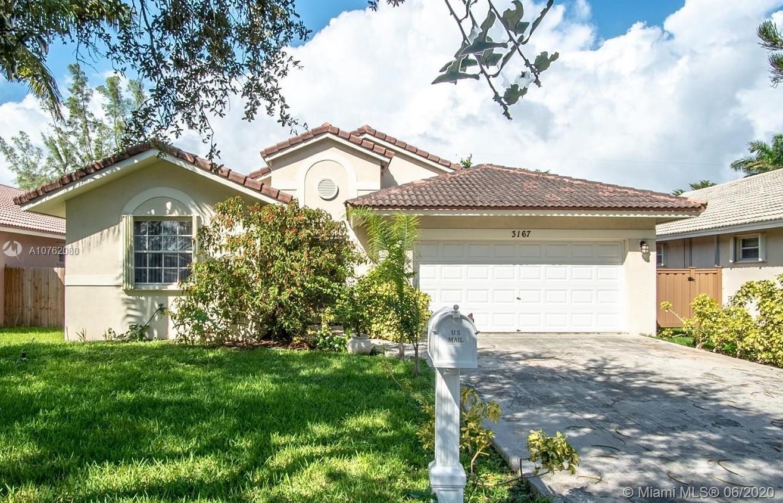 3167  Johnson Street  For Sale A10762080, FL