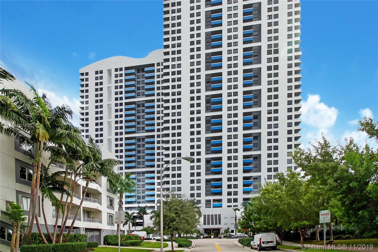1330  West Ave #CU-401 For Sale A10763027, FL