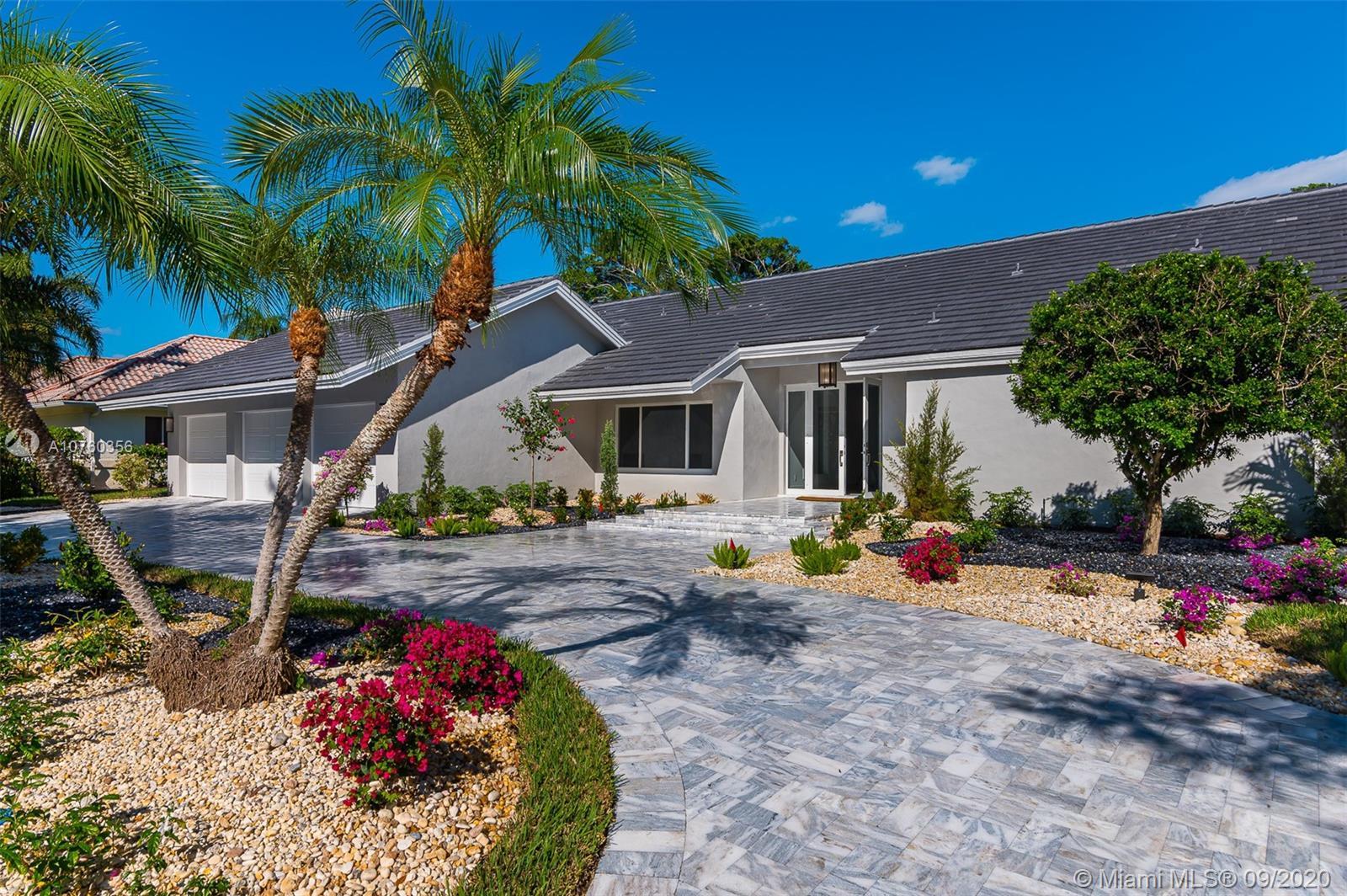 575  Sandpiper Way  For Sale A10760356, FL