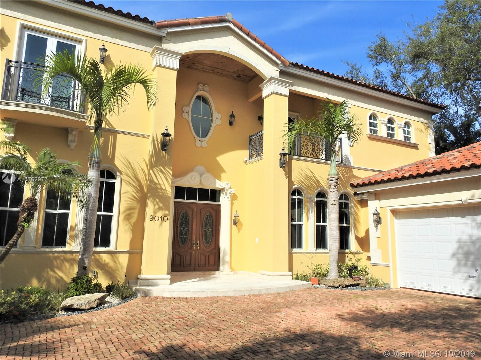 9010 SW 68th Ave  For Sale A10762977, FL