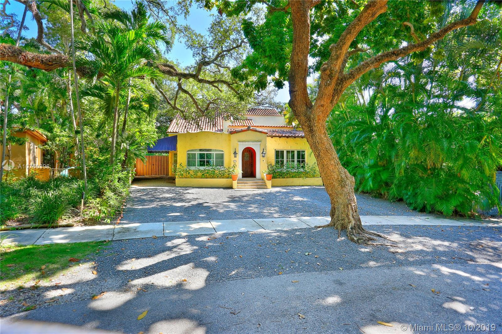 1760  Opechee Dr  For Sale A10760396, FL