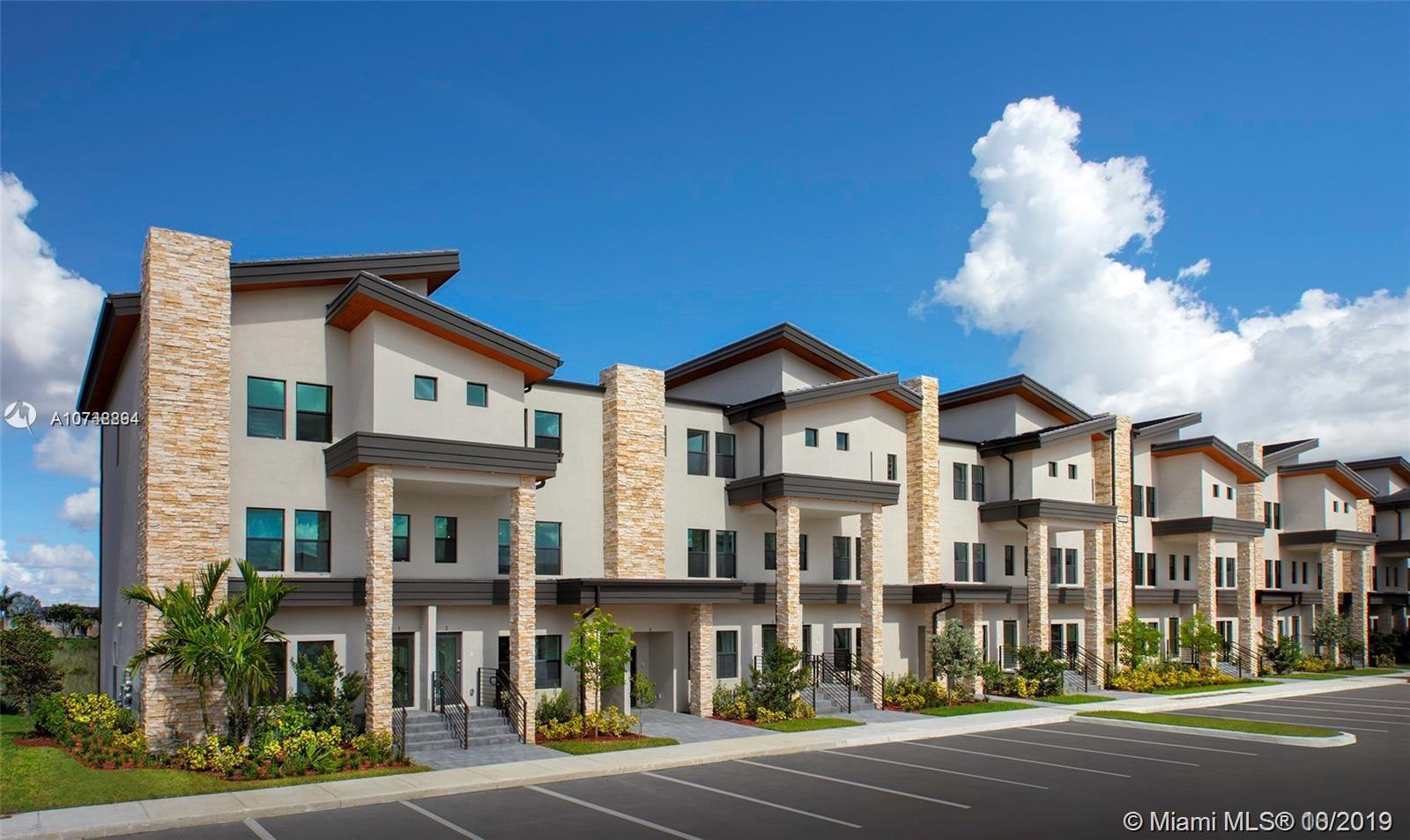 10413 NW 82 #33 For Sale A10748894, FL